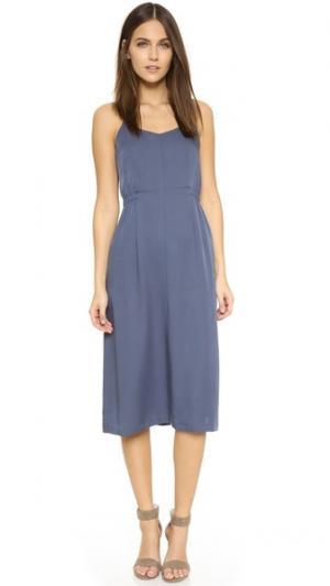 Платье Sesilia Theory. Цвет: темно-синий