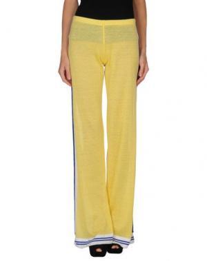 Повседневные брюки NEERA. Цвет: желтый