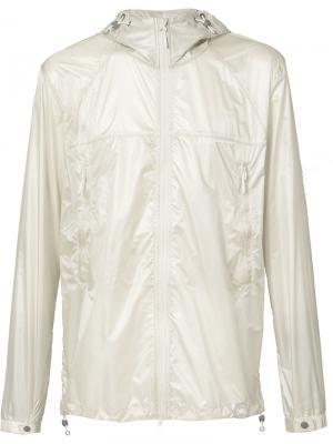 Куртка-ветровка с капюшоном Canada Goose. Цвет: телесный