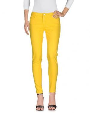 Джинсовые брюки BLEULAB. Цвет: желтый