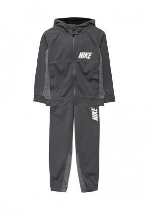 Костюм спортивный Nike. Цвет: серый