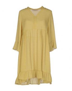 Короткое платье KAOS JEANS. Цвет: охра