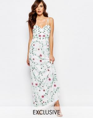 Frock and Frill Платье макси с полупрозрачным лифом и вышивкой. Цвет: белый