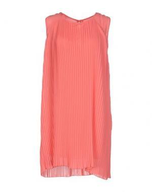Короткое платье ALFONSO RAY. Цвет: коралловый