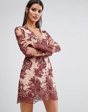 Finders Keepers Кружевное платье с длинными рукавами Spectral. Цвет: красный