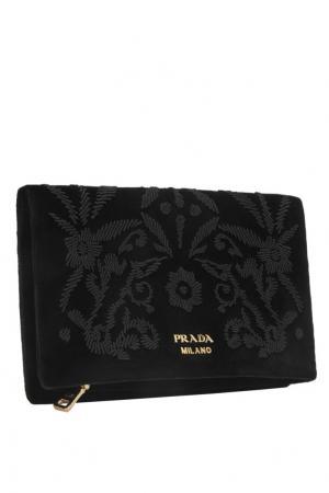 Бархатный кошелек Prada. Цвет: черный