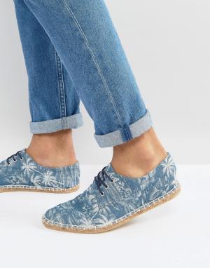 ASOS Эспадрильи из ткани шамбре на шнуровке и с принтом пальм. Цвет: синий