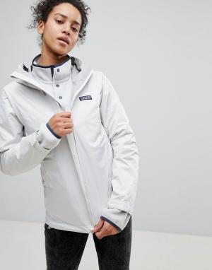 Patagonia Белая куртка. Цвет: белый
