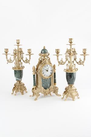 Набор: часы, канделябр 2 шт. Stilars. Цвет: золотой, зеленый