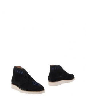 Полусапоги и высокие ботинки WOOD. Цвет: черный