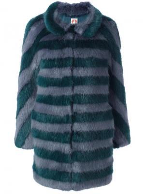 Пальто из искусственного меха Shrimps. Цвет: синий