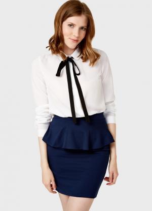 Блузка с бантом OSTIN. Цвет: белый