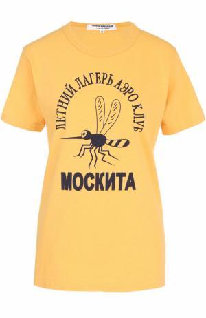 Хлопковая футболка прямого кроя с контрастным принтом Junya Watanabe. Цвет: желтый