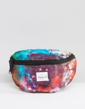Spiral Сумка-кошелек на пояс с галактическим принтом. Цвет: синий