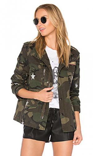 Камуфляжная куртка со звёздным принтом jocelyn. Цвет: военный стиль
