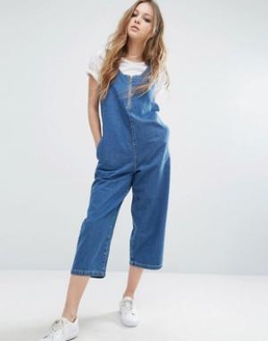 Noisy May Укороченный джинсовый комбинезон. Цвет: синий