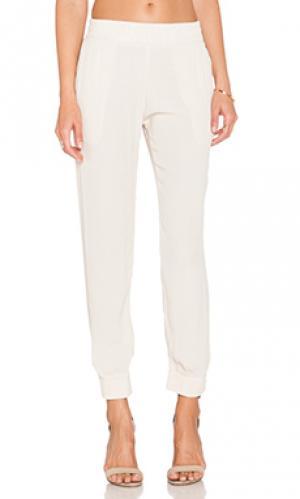 Свободные брюки permanent collection MONROW. Цвет: беж