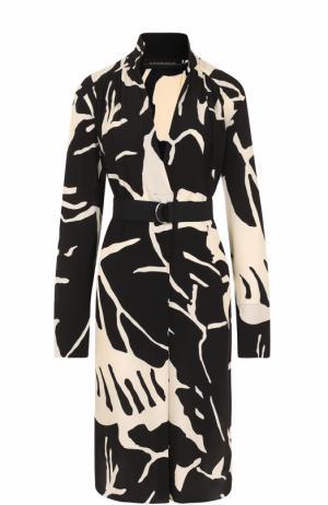 Мини-платье с поясом и принтом By Malene Birger. Цвет: черно-белый