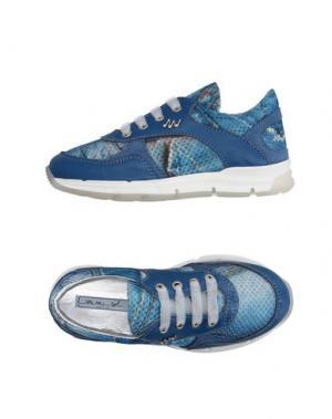 Низкие кеды и кроссовки MIMISOL. Цвет: синий