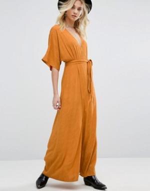 Honey Punch Платье макси с запахом спереди и выжженным цветочным рисунком Pu. Цвет: оранжевый