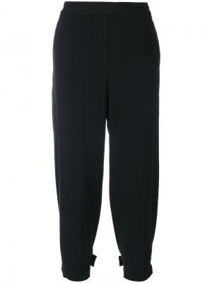 Укороченные классические брюки Theory. Цвет: чёрный