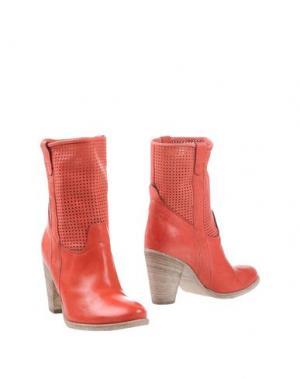 Полусапоги и высокие ботинки TWO 6 SHOES. Цвет: коралловый