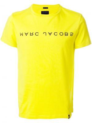 Футболка с логотипом бренда Marc Jacobs. Цвет: жёлтый и оранжевый
