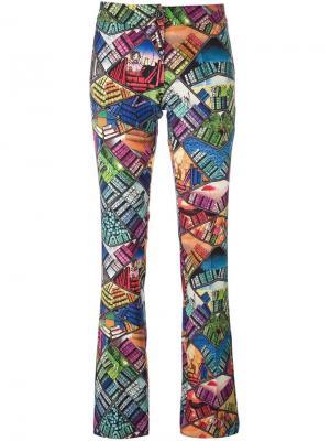 Расклешенные брюки Library Ultràchic. Цвет: многоцветный