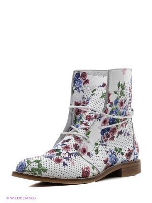 Ботинки Roccol. Цвет: белый