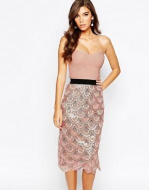 Rare Платье миди 2-в-1 с пайетками и фактурной отделкой по краю London. Цвет: розовый