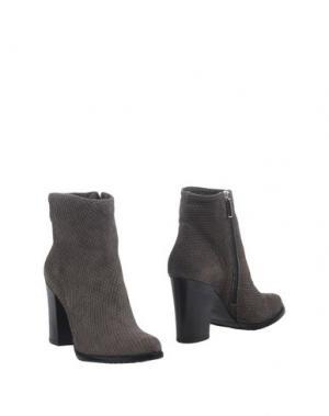 Полусапоги и высокие ботинки SPAZIOMODA. Цвет: серый