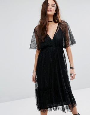 Pull&Bear Кружевное платье миди с глубоким V-образным вырезом. Цвет: черный