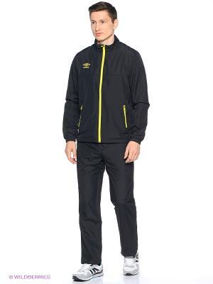 Куртка Umbro. Цвет: желтый