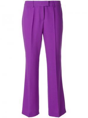Расклешенные брюки с плиссировкой Boutique Moschino. Цвет: розовый и фиолетовый
