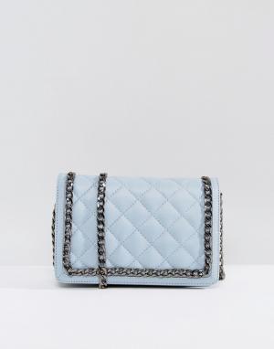 ASOS Кожаная стеганая сумка через плечо с ремешком-цепочкой. Цвет: синий