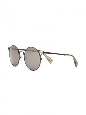 Солнцезащитные очки с вырезными деталями Yohji Yamamoto. Цвет: чёрный