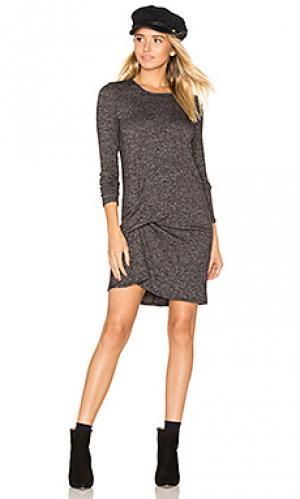 Платье с защипом спереди olive Riller & Fount. Цвет: уголь