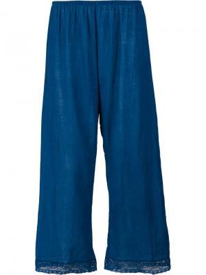 Укороченные брюки с кружевной отделкой Dosa. Цвет: синий