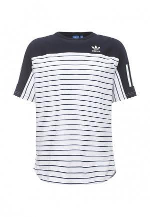 Футболка спортивная adidas Originals. Цвет: белый