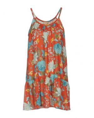 Короткое платье KARTIKA. Цвет: коралловый