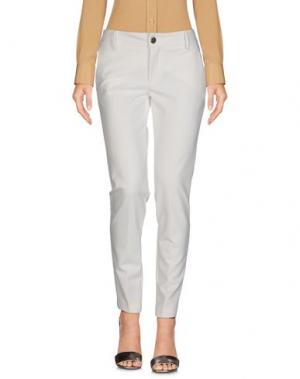 Повседневные брюки ROBERTA BIAGI. Цвет: белый
