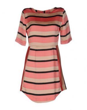 Короткое платье N/A. Цвет: розовый