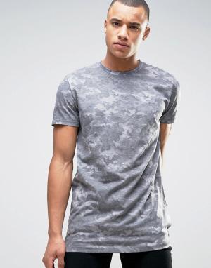 New Look Серая длинная камуфляжная футболка. Цвет: зеленый