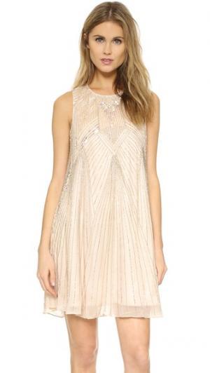 Платье Peony с декоративной отделкой Parker. Цвет: мускат