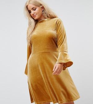 Elvi Короткое приталенное платье из бархата. Цвет: оранжевый