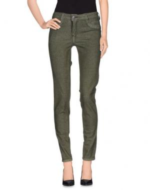 Джинсовые брюки BLEULAB. Цвет: зеленый-милитари