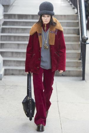 Вельветовые брюки Marc Jacobs. Цвет: красный