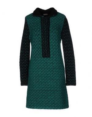 Короткое платье MAISON ULLENS. Цвет: зеленый