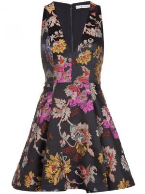 Расклешенное платье с цветочным узором Alice+Olivia. Цвет: чёрный