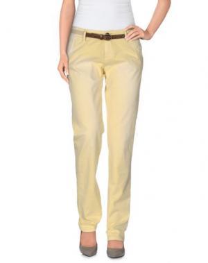 Повседневные брюки SOCCX. Цвет: светло-желтый